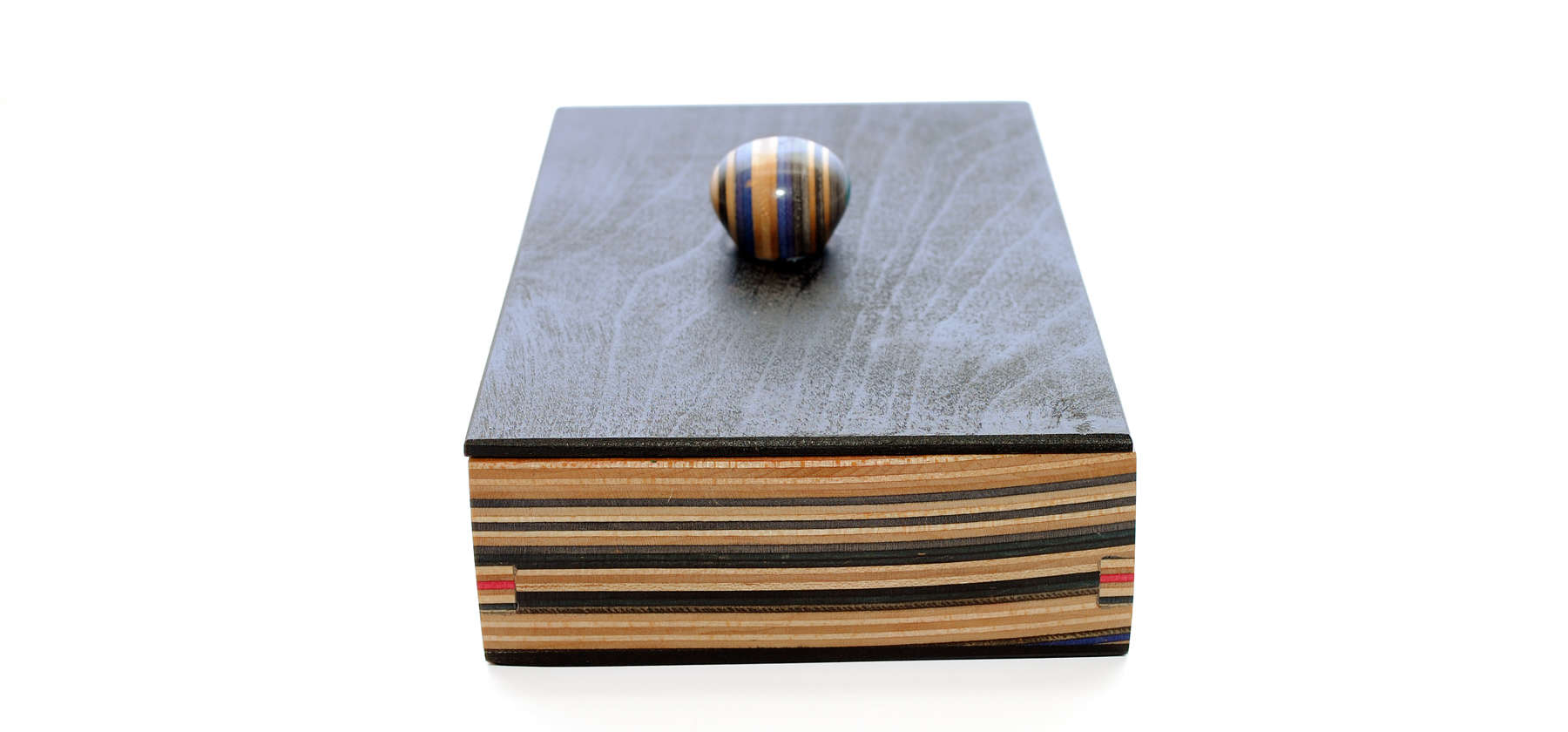 Box With Black Lid And Inside Engraving