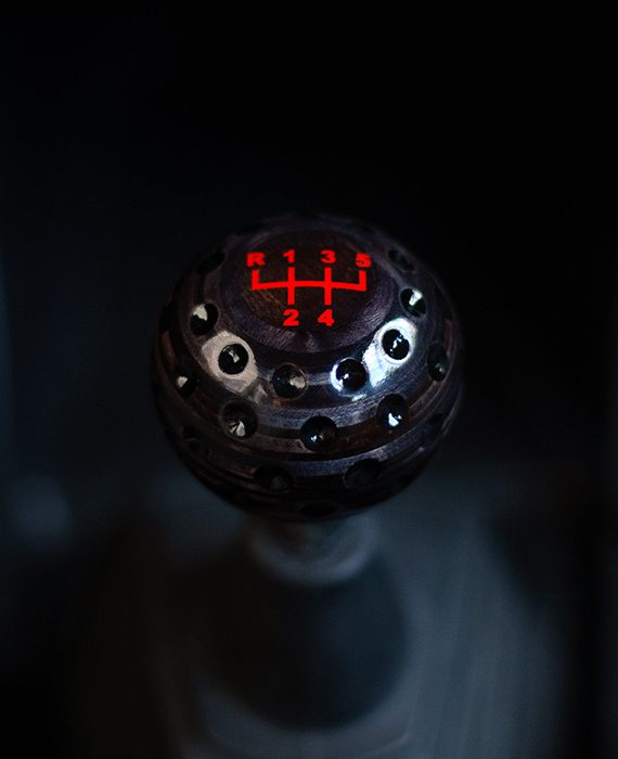 golf ball shift knob black oil
